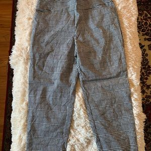 Houndstooth patterned pants size 16W/1X